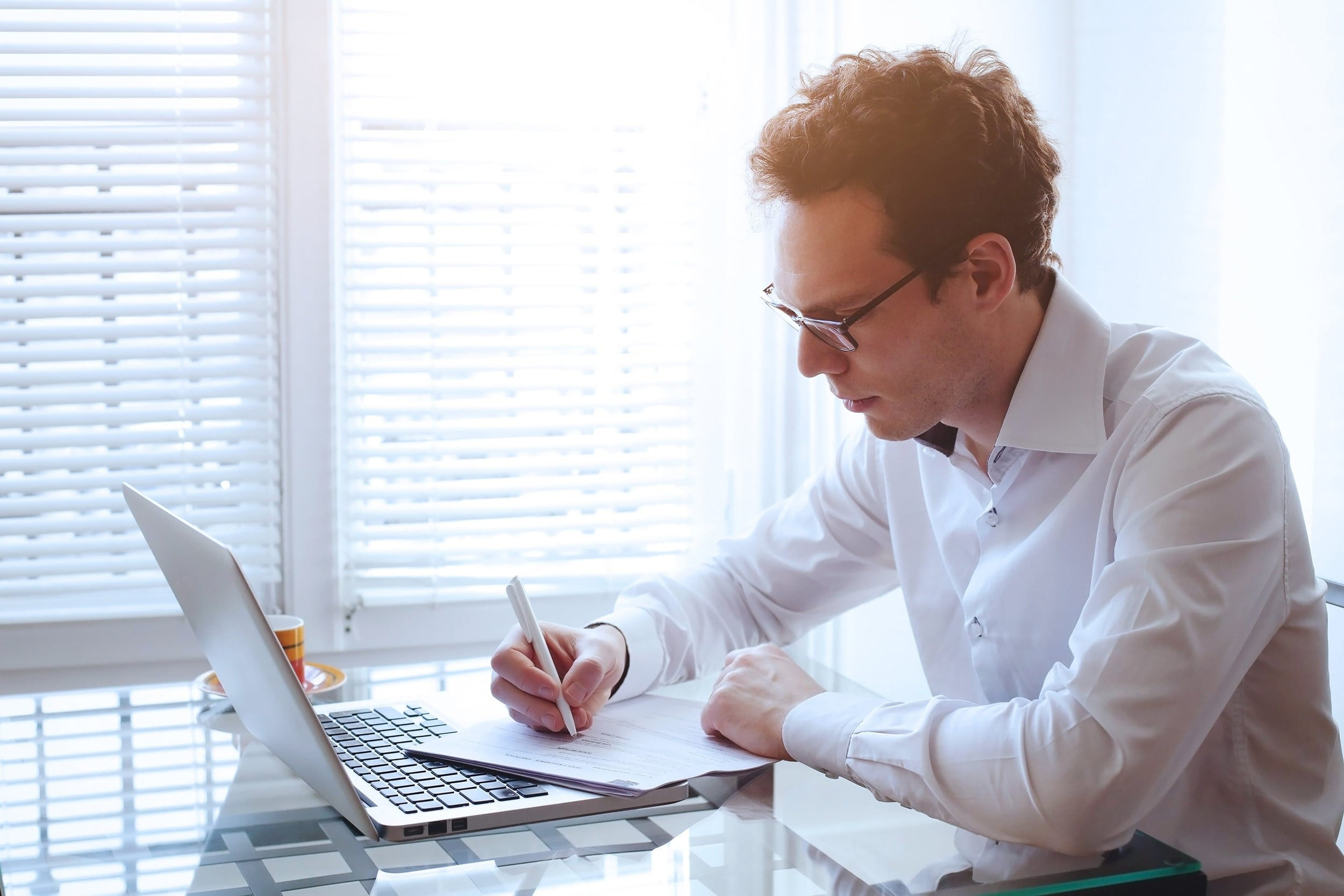 how to become an insurance agent from home